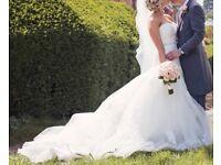 Enzoani Dabra Ivory Lace Wedding Dress
