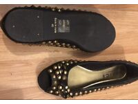 New leather shoe by 'OFFICE' Size 7
