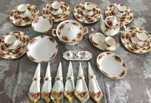 Royal Albert Old Country Roses 55pcs Dinner and Tea Set