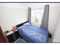 Double bed in lovely 2 bed flat completely redecorated