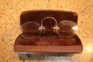 Two Old Sets Of Reading Glasses