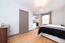 Studio flat in Fordwych Road, Kilburn