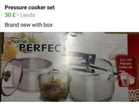 Pressure cooket set