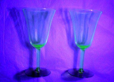 Vintage Set of 2 Depression Uranium Vaseline w/ Amber Wine Glass UV GoodVintCon