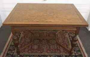 Antique Dining Room Table * Delivery Available *