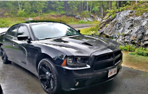 2013 Dodge Charger SXT Plus 3.6L $12,000 Firm Great price