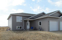 4bdrm Home for only $214,900- 20mins from Winnipeg in Blumenort