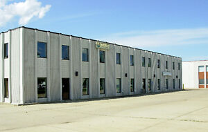 8618 SQ FT OFFICE WAREHOUSE WITH BONUS YARD FOR LEASE