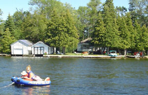Bobcaygeon Wheelchair accessible cottage on Prime Waterfront