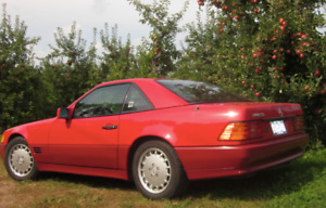 1990 FIRST GENERATION MERCEDES BENZ 500SL R129 TWO-TONE RED
