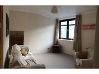 Bright and airy furnished 1 bedroom flat in city centre