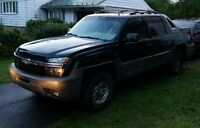 2002 Chevrolet Avalanche 2500 Pickup Truck