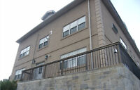 2 Bedroom Apartment Close to McMaster