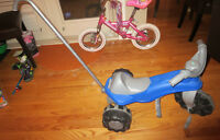 Kids tricycle (with handle for pushing)