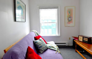 Furnished and Bright One Bedroom 3rd Floor apartment on Gower St