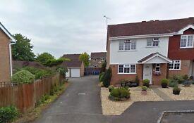 Single Garage To Rent Hook Hampshire