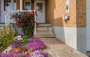 NEW LISTING! FREEHOLD TOWNHOME IN LAURENTIAN HILL/COUNTRY HILL Kitchener / Waterloo Kitchener Area image 2