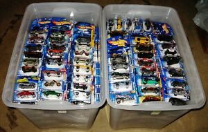 HUGE Lot 600 Hot Wheels 1999-2004 Mixed Mint on Cards NEW !!!!! Prince George British Columbia image 2