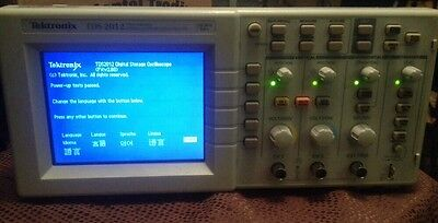 Tektronix Tds2012 Oscilloscope 2 Channel 100mhz-1gss Digital Colors Scope
