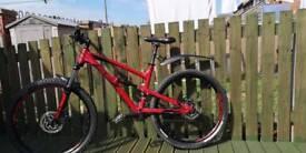 Mountain bike full suspension 27.5