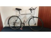 Men's hybrid road bicycle, recently serviced