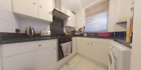 Two bedroom ground floor with garden in Tooting Broadway for only £1350 pcm