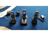 Panasonic KX-TG8521E DECT Digital Cordless Answering Phone with 3 Handsets