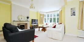 Sunny 3 Bed Property In The Sought After Highlands Heath Development In The Heart of Putney Heath