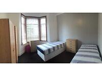 TWIN ROOM IN A NICE HOUSE*WARREN RD*2MIN LEYTON ST