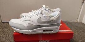 Nike Air max grey UK Size 7