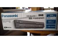 Black PANASONIC VHS/DVD Recorder/Freeview. EZ49VEBK.