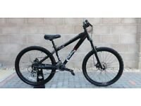 Shogun Kissaki mountain bike junior/small frame NEW