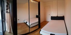 Double room to rent next to Old Street. CENTRAL LONDON