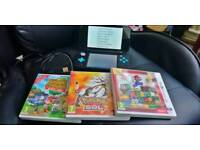 Nintendo 2DS XL with 3 Games & charger cable