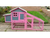 Plastic Chicken Coop & Run With Wooden Frame, Like New