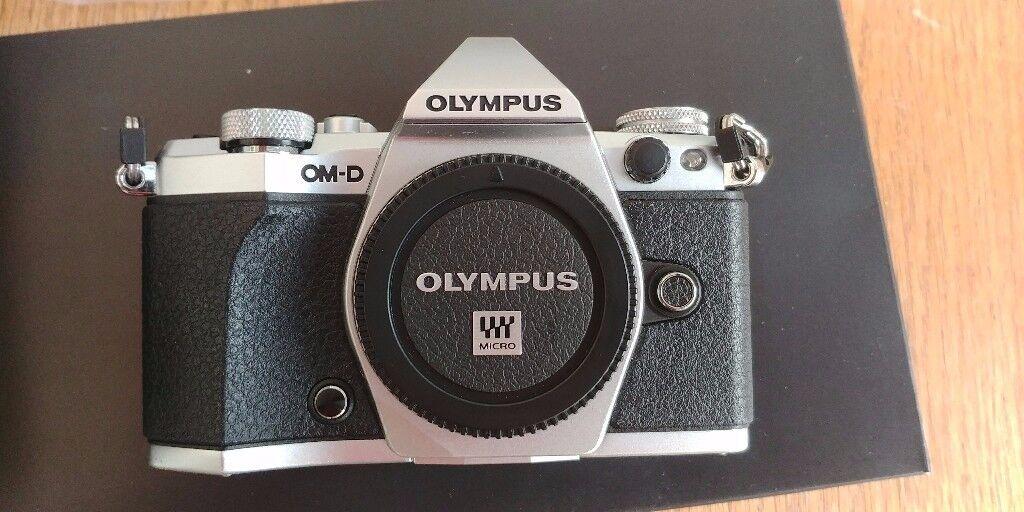 Olympus OMD EM5 Mk2 - *immaculate*