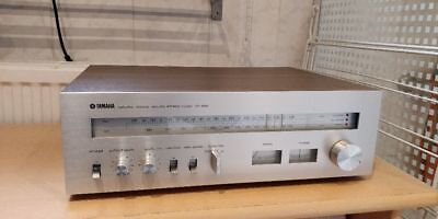 Yamaha CT-800 FM/AM Stereo Tuner with Exclusive NF Switching MPX Demodulator