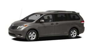 2011 Toyota Sienna LE 8 Pass. 2 sets tires. Power doors, camera.