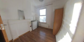 ** Studio room with ensuite shower and all bills included **