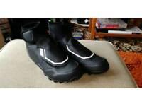 Shimano MW5 dryshield SPD Mountain bike shoes