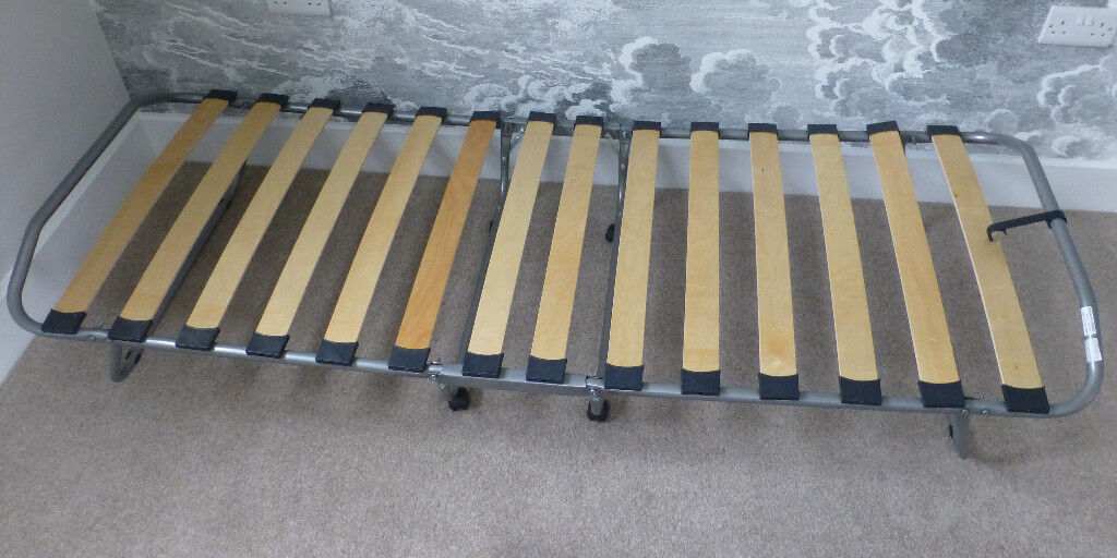 Fold-up single bed - NOW SOLD