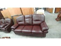 Quality Klaussner leather 3 piece suite.