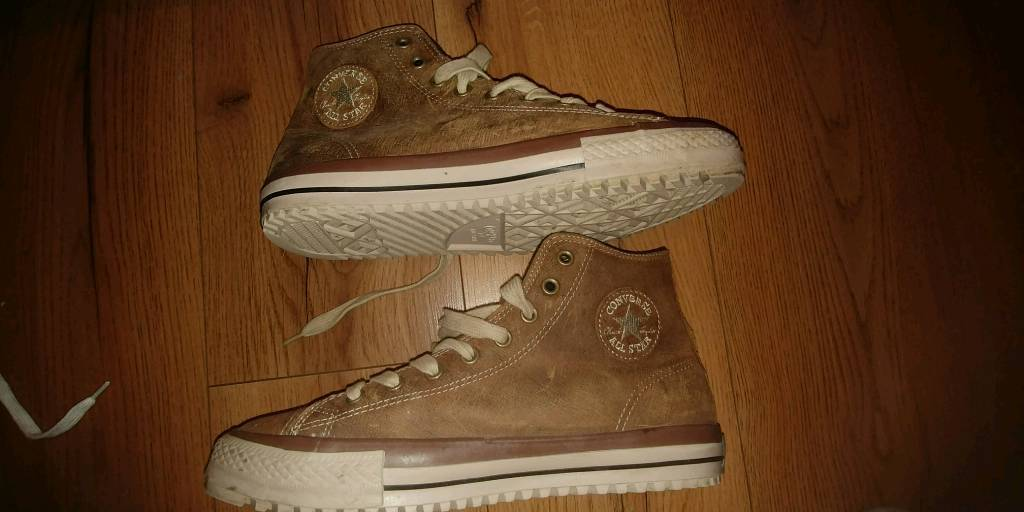 Converse leather chuck boot sz 10