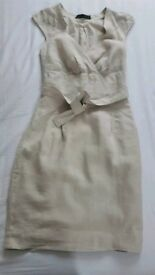 Size small (fits size 8-10) Zara cream linen fitted dress with belt tie