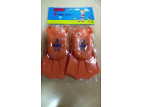 childs mini fins