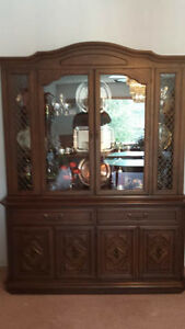 Krug Oak dinning room suite in absolute mint condition Williams Lake Cariboo Area image 6