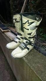 Alpinestars tec 8 motocross boots