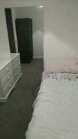 Single furnished room available £85 pw all bills included