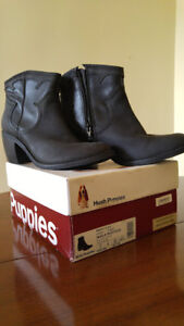Brand new in box Size 7 Hush Puppies black leather ankle boots.