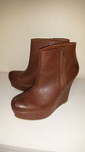 Mossimo~ high heel wedge boots size 8.5 ☆Like New☆